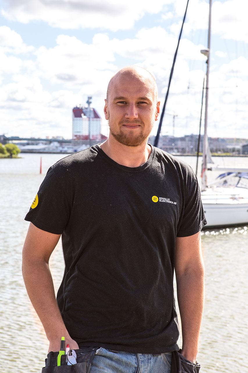 Niklas Barrefors